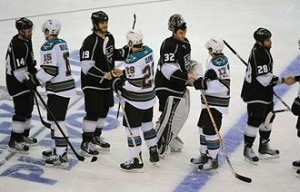 sharks-kings-handshake